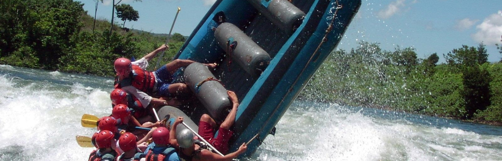 Extreme Adrenaline do the White Water Rafting on the River Nile - Uganda