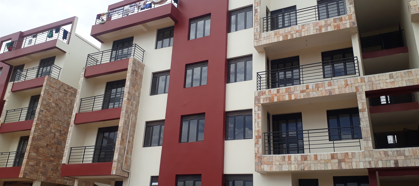 3 bedroom condominium unit for rent in Naalya
