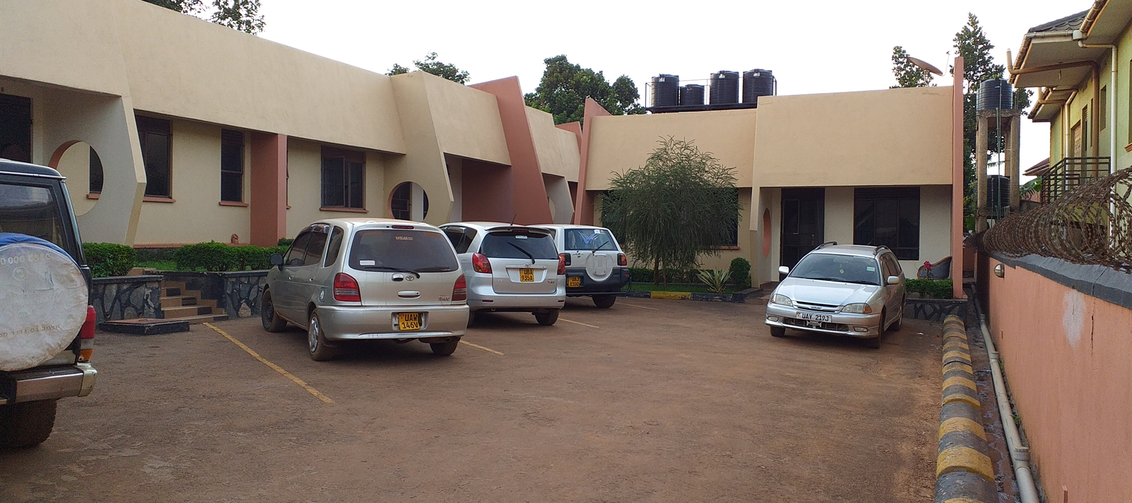 Semi-detached units for rent in Kisaasi