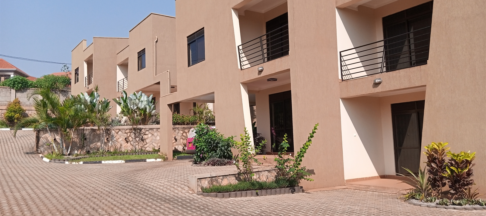 Villas for rent in Kiira-Kasangati Road