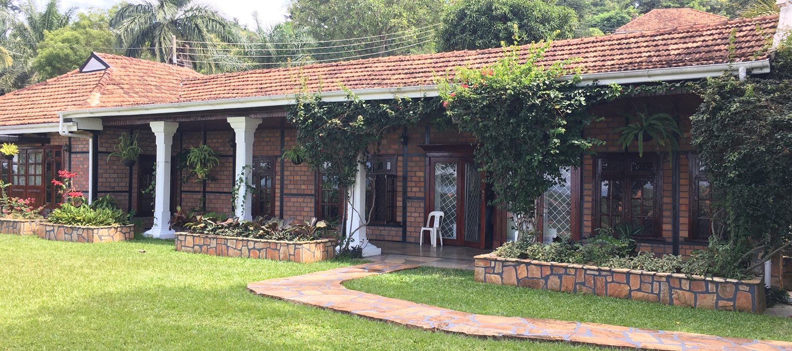 Bangalow for rent in Buziga