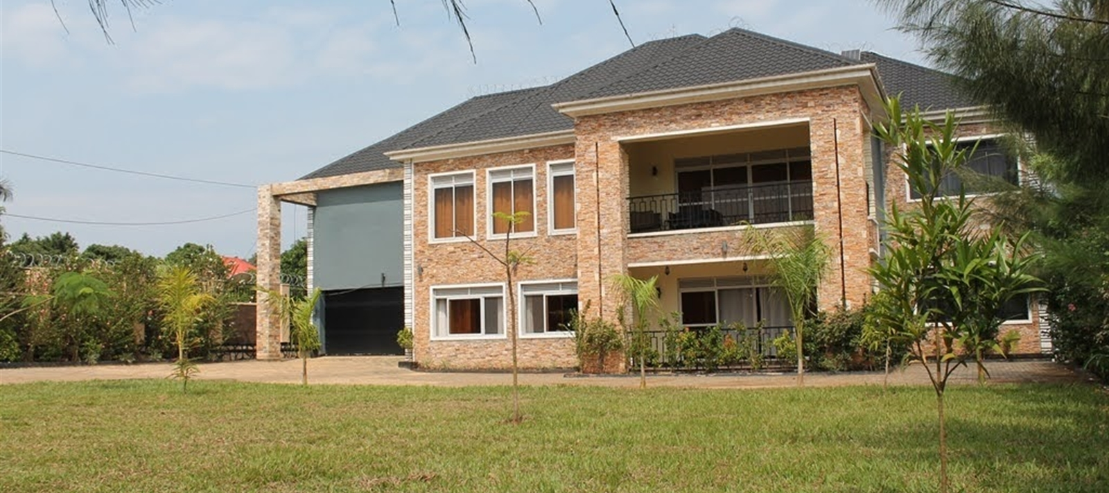 Maisonette for rent in Bweya-Kitende